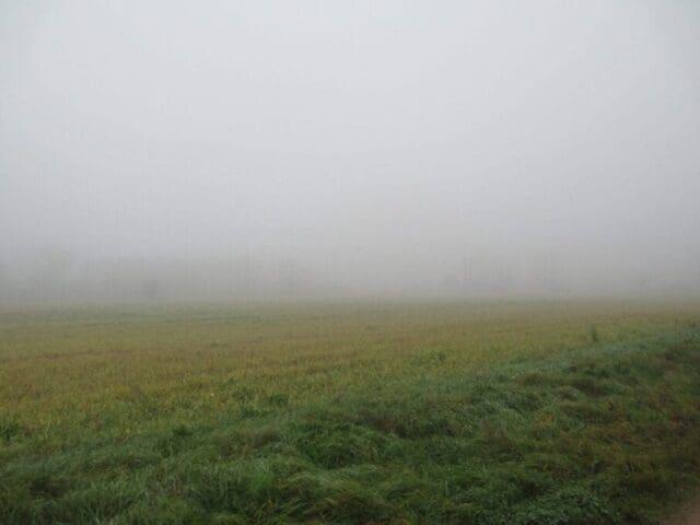 Stále teplejší a do pátku inverzní počasí. Směšovací vrstva a její výška. Mlha.