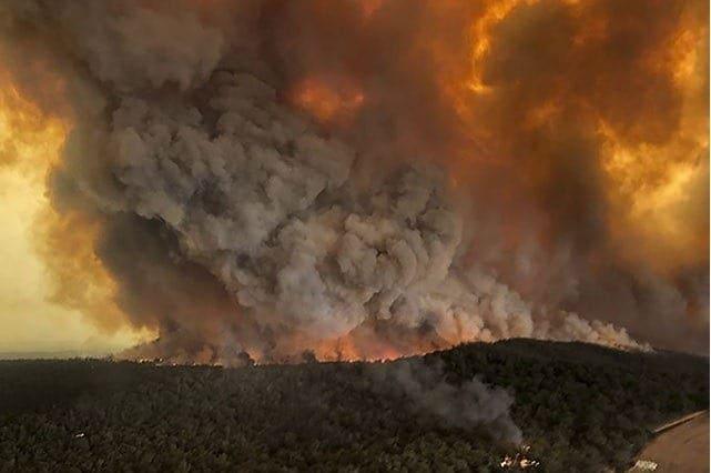 dým z požárů v Austrálii