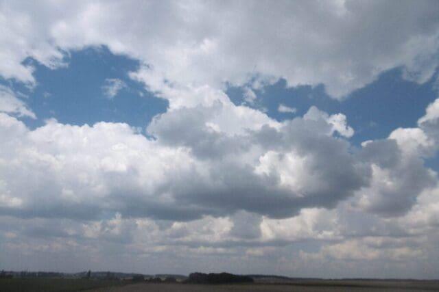 Počasí bude i nadále mírně letní