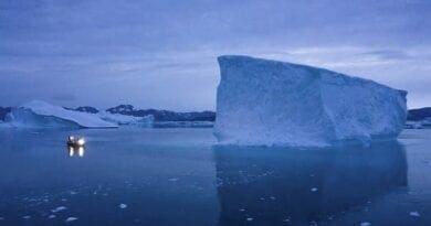 Ledovec v Grónsku. Rok 2019 jako další důkaz vážnosti globálního oteplování.