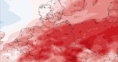 Odchylky teploty vzduchu na 22.10.2020, teplotně podprůměrné počasí je střídání nadprůměrným