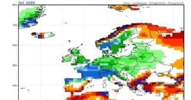 Teplejší a vlhčí říjen 2020. Předpověď odchylek srážen na říjen 2020