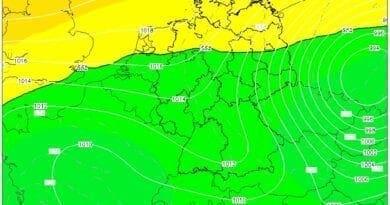 Cyklonální srážky a problematičnost předpovědi, tlak vzduchu dne 14.10.2020