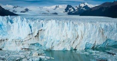 Alpy do roku 2100 roztají. Ledovec v Alpách.