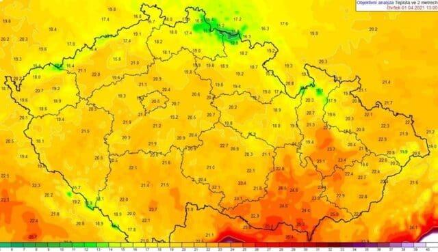 Duben začal létem, bylo 26°C. Teplota vzduchu v ČR 1.4.2021 v 15 hodin.