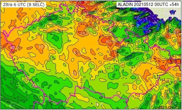 Extrémní srážky rozvodní některé toky. Předpověď srážek modelu Aladin z 12.5.2021 00 UTC.