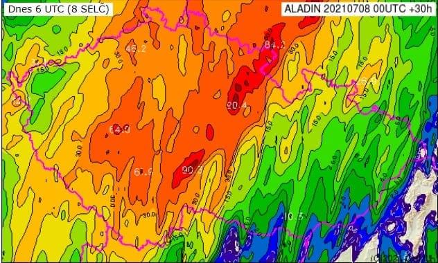 Přívalové srážky na jihozápadě a východě Čech. Předpověď srážek za 24h do 9.7.2021 8 SELČ dle výstupu modelu Aladin z 8.7.2021 00UTC.