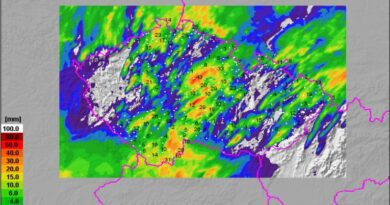 Úhrny srážek za 24h do 27.7.2021 7h.